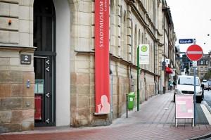 Eingang zum Stadtmuseum (Foto: Peter Kunz)