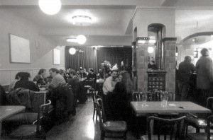 Kachelofen im Café Fürst (Foto: Archiv Alexander Mayer)