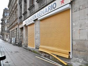 Der beschädigte Infoladen Benario (Foto: Timo Müller)