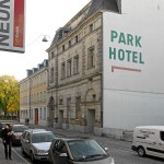 Die Fassade des Parkhotel-Festsaales in der Moststraße