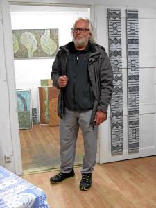 Egon Junge in seinem Atelier