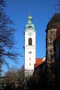 Wahrzeichen der Südstadt: Turm von St. Heinrich (Foto: A. Mayer)
