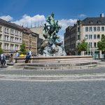 Bahnhofsplatz mit Centaurenbrunnen (Foto: Robert Söllner)