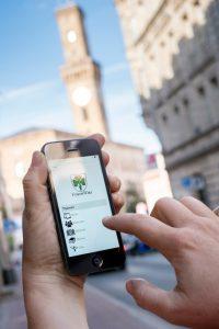 Mobilmachung abgeschlossen: Das FürthWiki in handlicher Form (Foto: Robert Söllner)