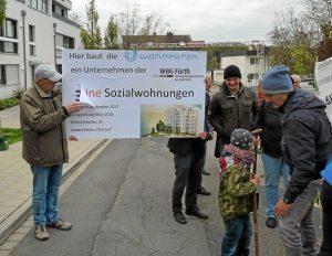 Etikettenschwindel entlarvt: Das Sozialforum bei einer Demo (Foto: Marion Denk)