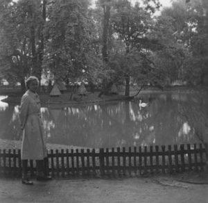 Im Fürther Stadtpark während der Gartenschau 1951 (Foto: Familienarchiv)